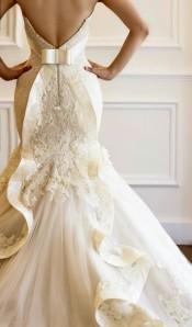 phoebe's dress